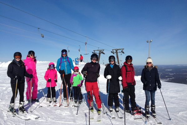 The downhill group at the top of Ylläs